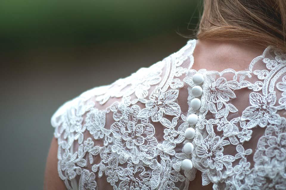 Como clarear roupa branca – dicas claras!